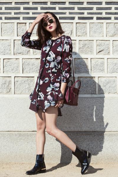 VISITING THE GYEONGBOKGUNG PALACE, winter dress, floral print long sleeve dress, short boots