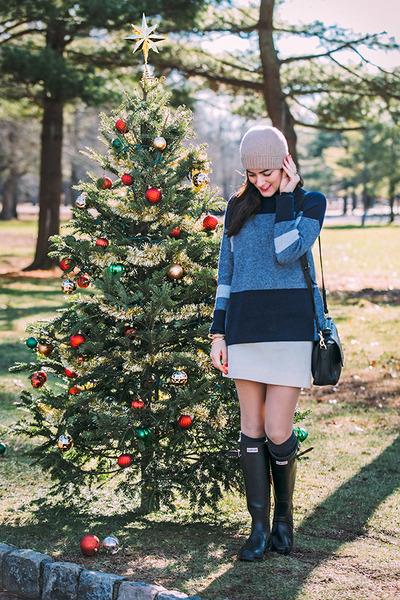 Dress up the Season, vice, colorblocksweater, katespade, turtleneck, toryburch, hunterboots, rainboot