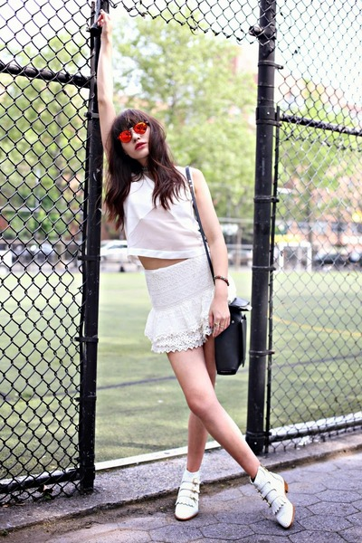 The White on White, all white trend, lace, classic, summer