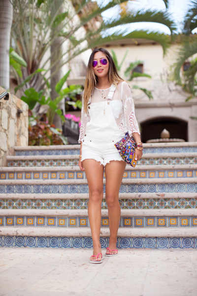 All White Trend