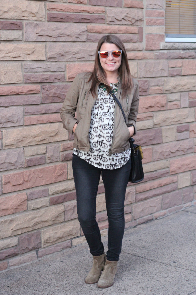 My Favorite Maternity Jeans, black and white, winter, casual, maternity