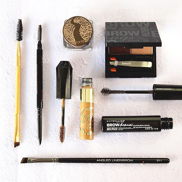 What do you use for your eyebrow makeup? Gel, pencil, powder?, eyebrow