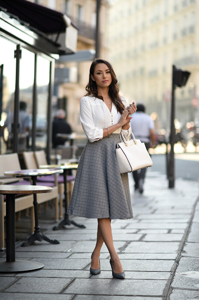 BONJOUR, MON AMOUR, midi skirt, blouse, pump