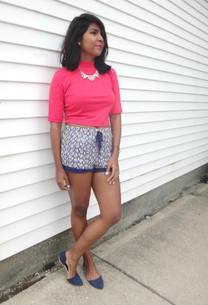 crop tops and messy hair, crop tops, shorts
