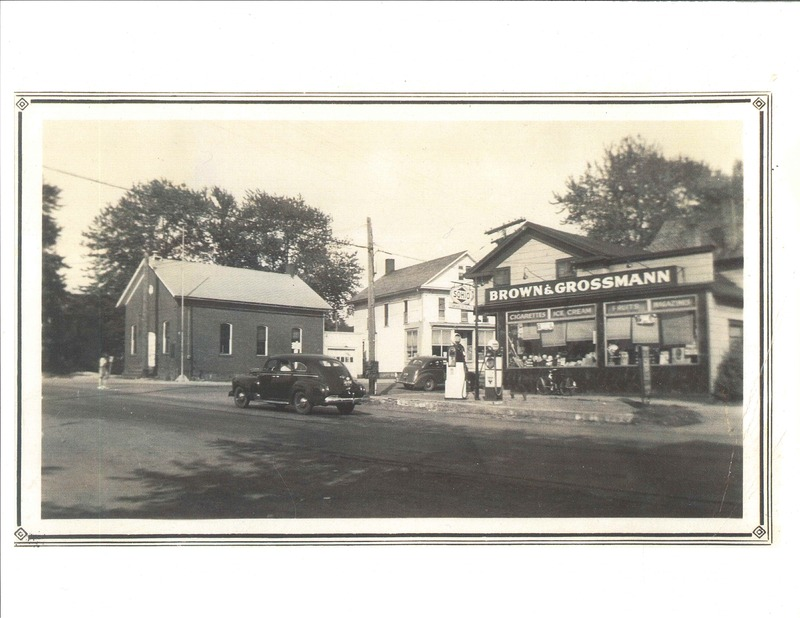 Stoney Ridge and Detroit Rd. looking south. c. 1945