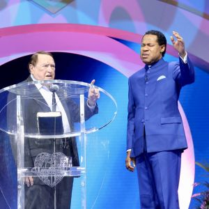 Dr. Morris Cerullo Prophesies of Pastor Chris' Significance to the Body of Christ