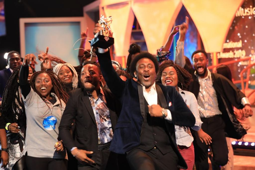 Samsong's 'E Dey Work' Video Receives LIMA Recognition as Video of the Year