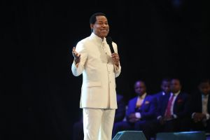 Wave of Blessings Sweeps through Black Star Square as Pastor Chris Arrives
