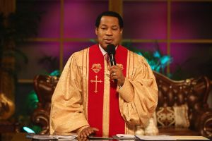 Pastor Chris Declares May to be 'the Month of Opening' at Global Service