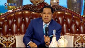 Global Congregation Joins Pastor Chris for April Global Communion Service