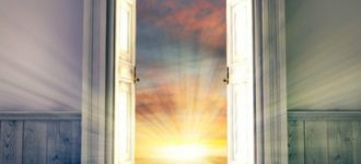 Glimpses from Heaven: How God Opens the Door and Lets Our Loved Ones Say Hello | Loving Christ