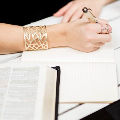 The 6 Most Common Questions about Faith Blogging I Receive