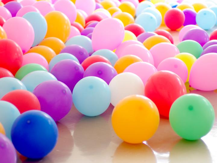 Balloon Scriptures Icebreaker for Women's Retreats - A Loving Christ