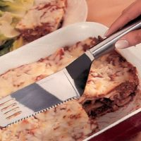 """11"""" STAINLESS STEEL CUT AND SERVE SPATULA WITH SERRATED EDGE"""