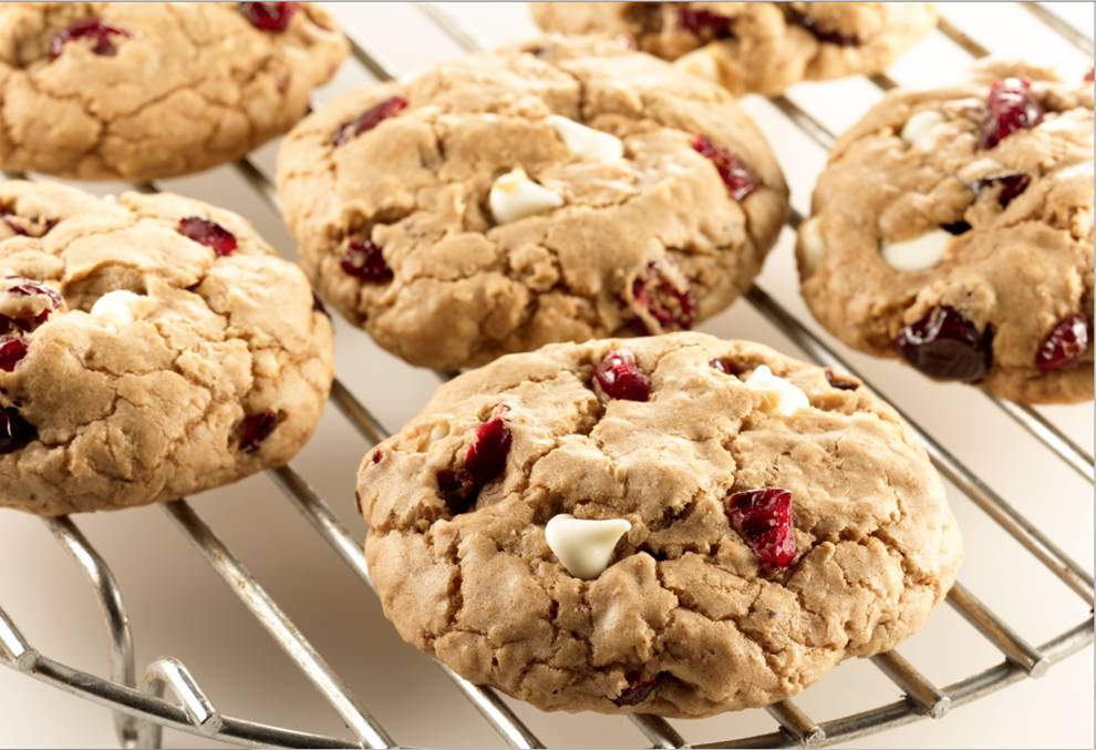 Cranberry White Chocolate Spice Cookies | Duncan Hines®