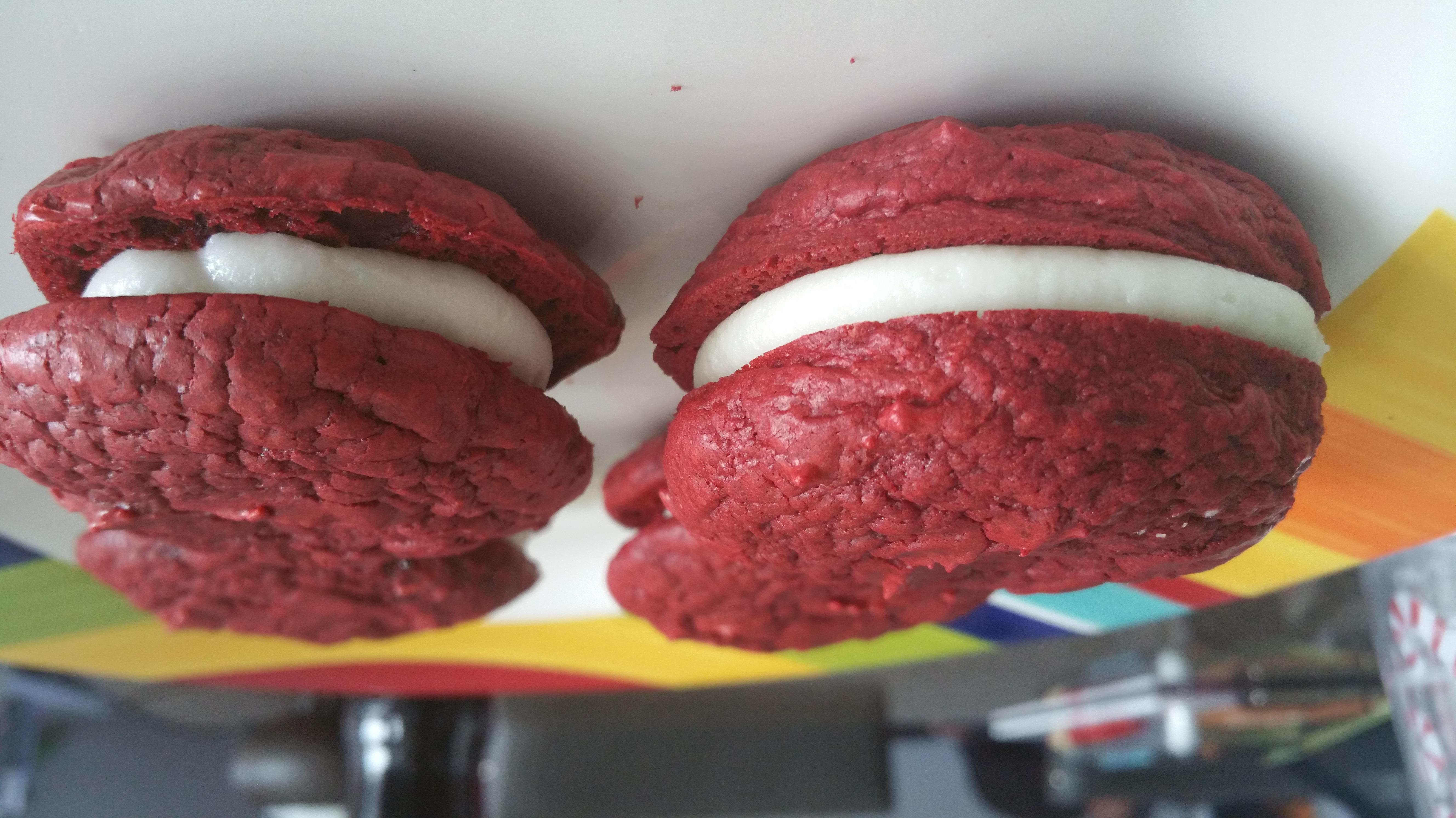 Red Velvet Sandwich Cookie