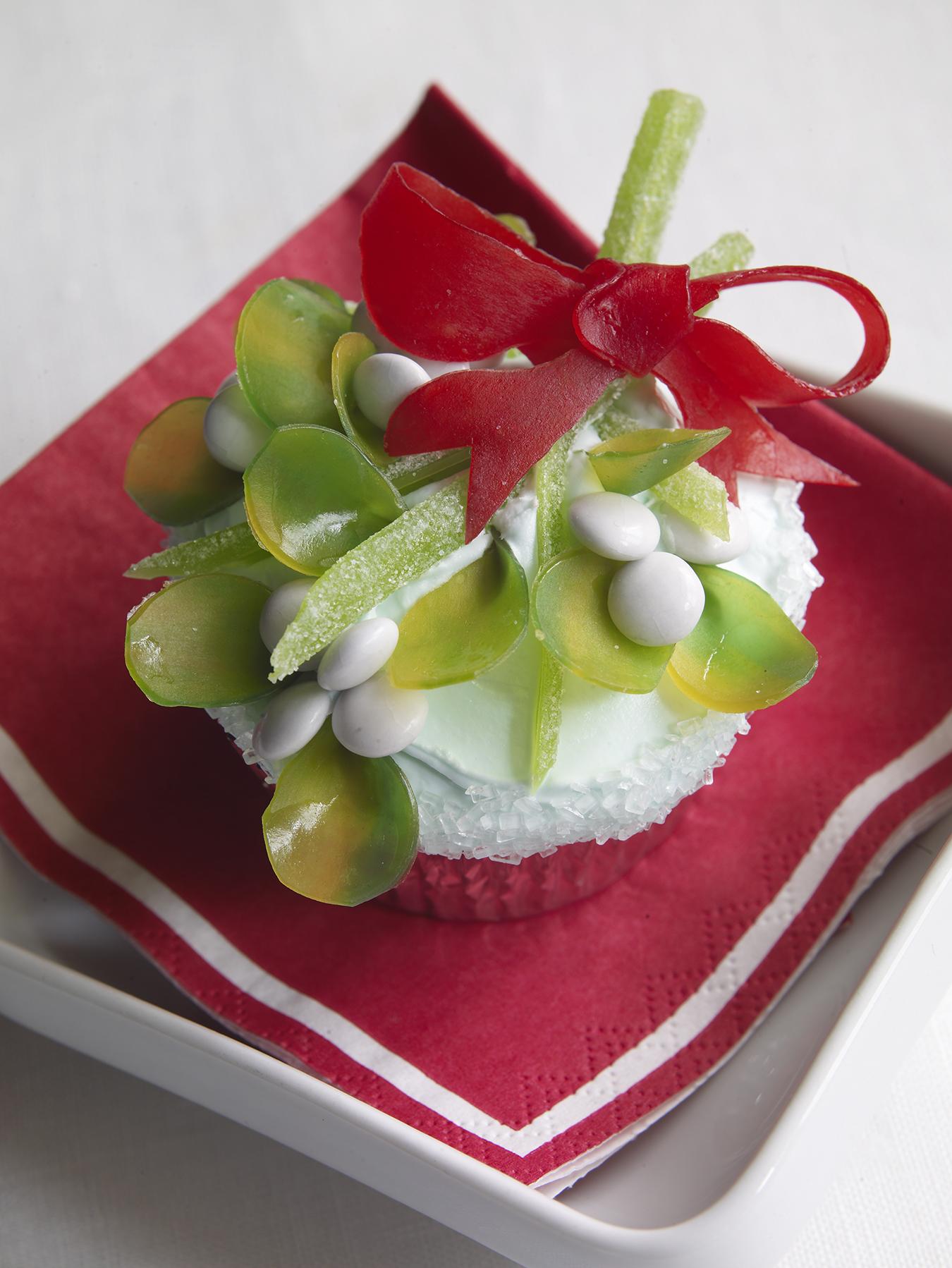 Mistletoe-Cupcakes.jpg