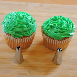 Cake Decorating Tip: Star Tip Differences