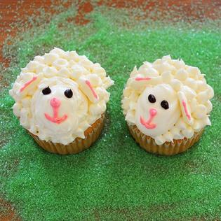 Make sheep or lamb cupcakes