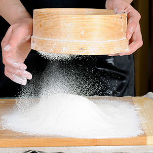 Flour vs powered sugar