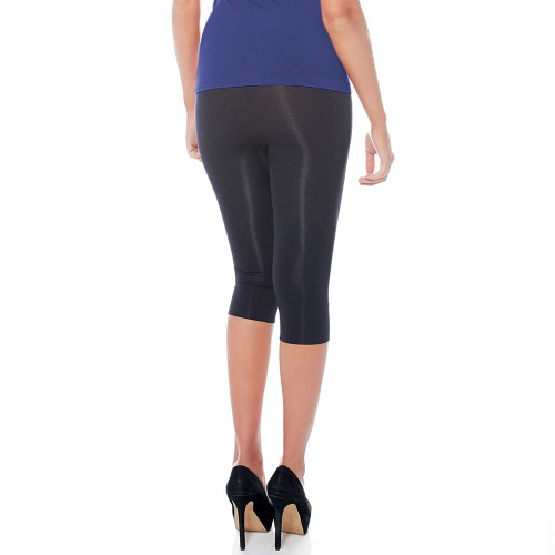 Rhonda Shear Ahh Smooth Seamless Capri Legging Style 1387