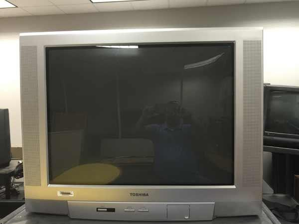 LSO Auctions - Lot: 25 - (14) Large Tube TVs (Item 1074373493)