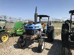 Lot: 104-EQUIP#295174 - 2001 New Holland Tractor