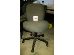 Lot: 26.MA - (15) Office Chairs