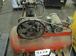 Lot: 5124 - AIR COMPRESSOR