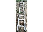 Lot: 054 - Aluminum Ladder