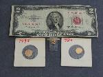 Lot: 2380 - 14K RING, 1953A RED SEAL $2 BILL & TOKENS