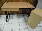 Lot: A5522 - Wood & Steel Frame Desk w/Cabinet