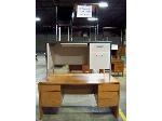 Lot: 316&317.LUB - (3) Desks & (3) Teachers Desks