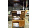 Lot: 318.LUB - (7) Teachers Desks