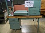 Lot: 321&322.LUB - (5) Teachers Desks