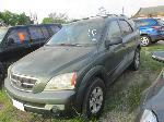 Lot: 0403-6 - 2003 KIA SORENTO SUV