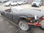 Lot: B703069 - Triumph Convertible