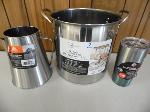 Lot: A5576 - Like New Stainless Steel Kitchen Cookware