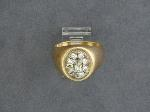 Lot: 2490 - 14K MAN'S RING