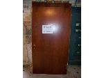 Lot: BH104 - HEAVY DUTY USED WOOD DOOR