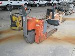 Lot: 6072.JEFFERSON - 2000 TOYOTA PALLET JACK