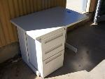 Lot: 17 - Small Desk w/ Drawers