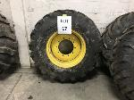 Lot: 17 - NEW HOLLAND B95C TIRE ASSEMBLY