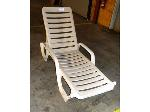 Lot: 02-18621 - Grosfillex Chaise Lounge Chair