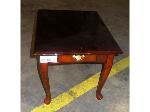 Lot: 02-18631 - End Table