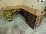 Lot: A5590 - Aspen Home Oak L Shaped Desk