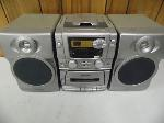 Lot: A5598 - Working Emerson Radio Boombox