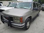 Lot: 459 - 1999 GMC Suburban SUV