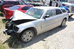 Lot: 44235 - 2005 Dodge Magnum