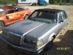 Lot: 10 - 1987 LINCOLN CONTINENTAL